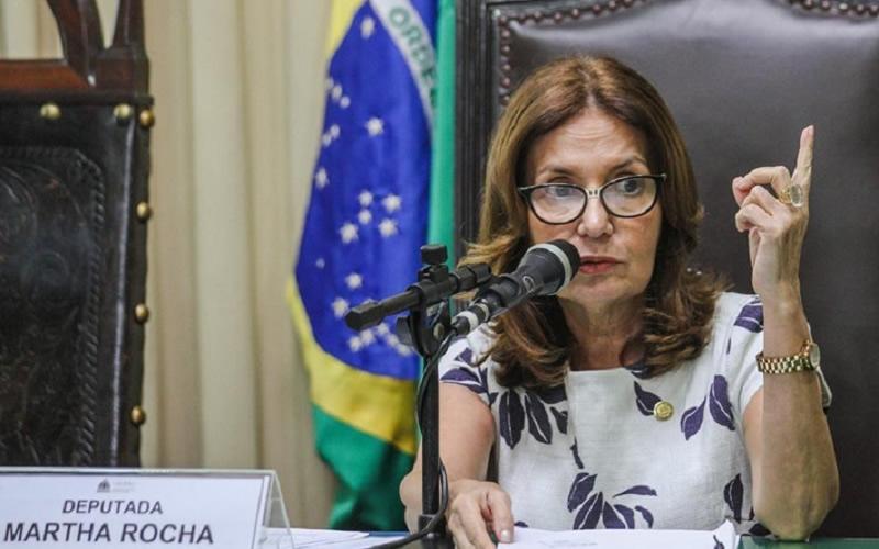 Delegada de esquerda', Martha Rocha ameaça polarização entre Paes e Crivella em eleição no Rio - Correio da Manhã Brasil